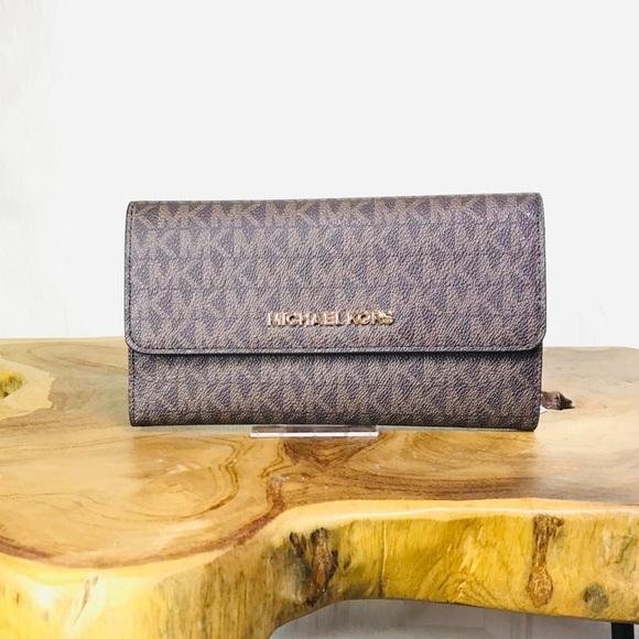 8abfb98e2107 Michael Kors Bags | Jet Set Large Trifold Wallet | Poshmark